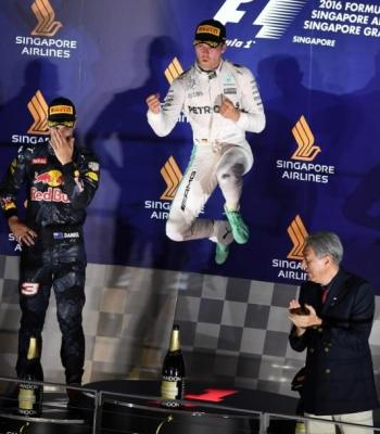 Rosberg Singapur Carrera